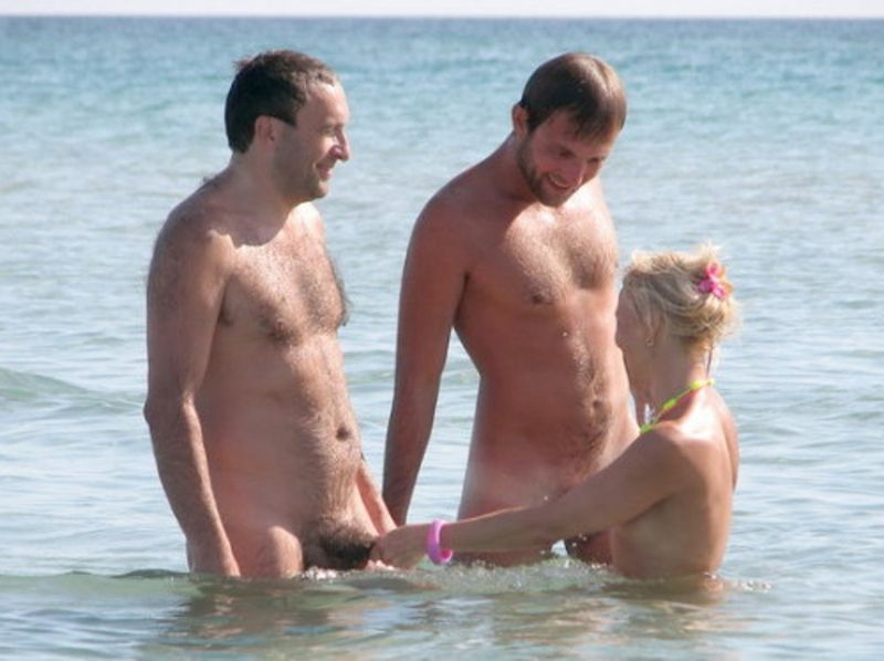 porno am strand gangbang video